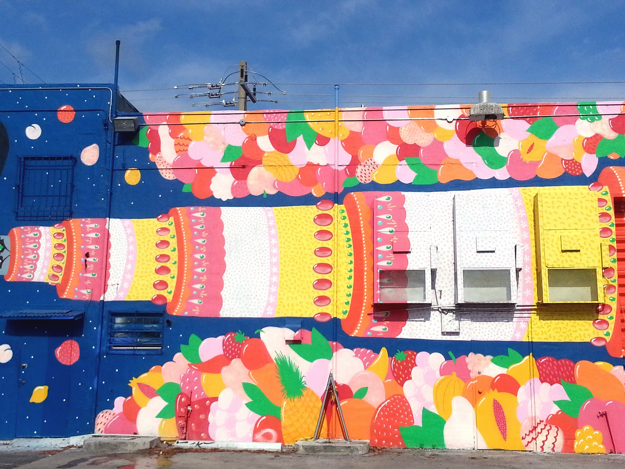 cake street art wynwood