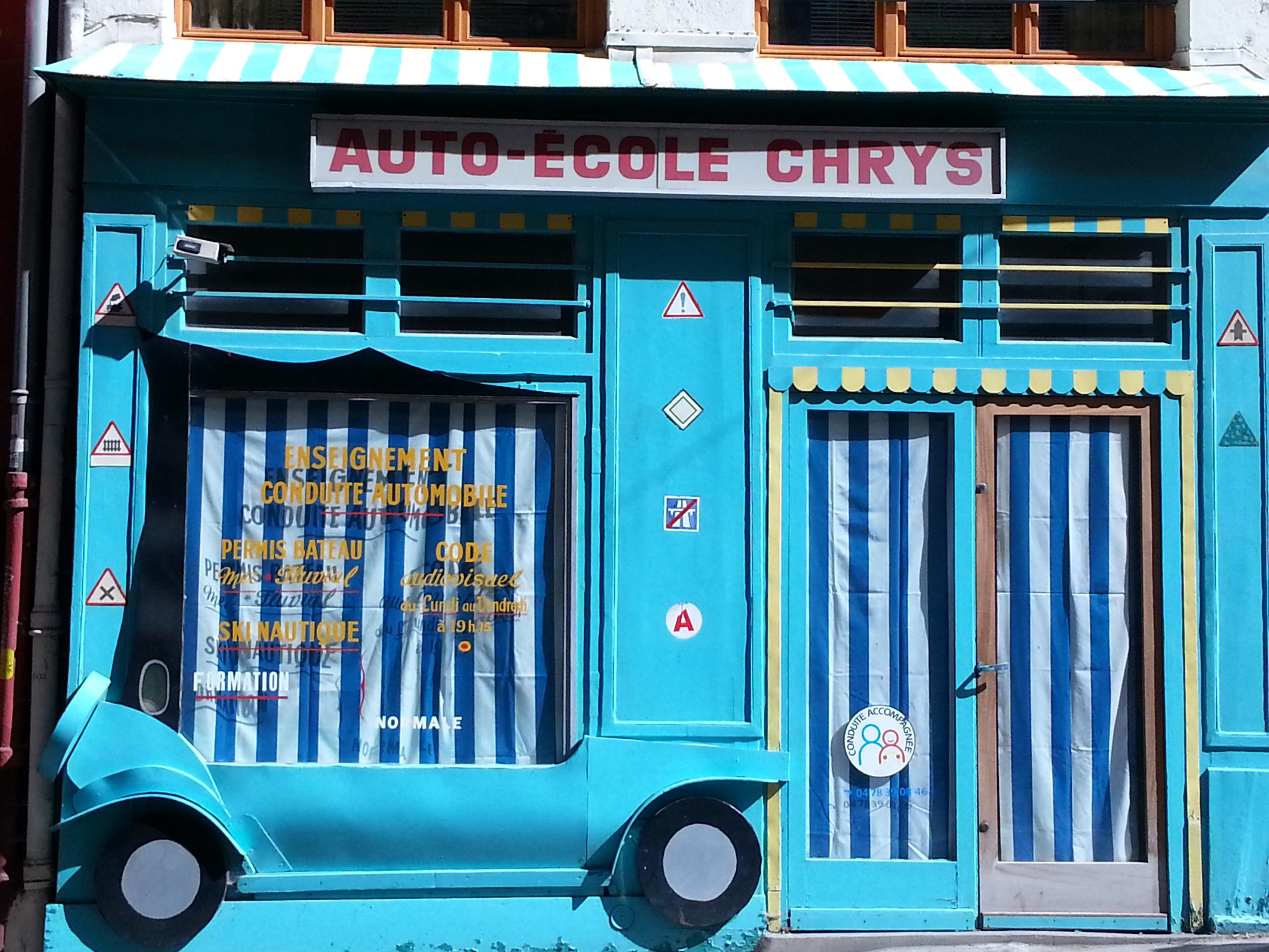 street art pentes croix rousse lyon 25 auto école