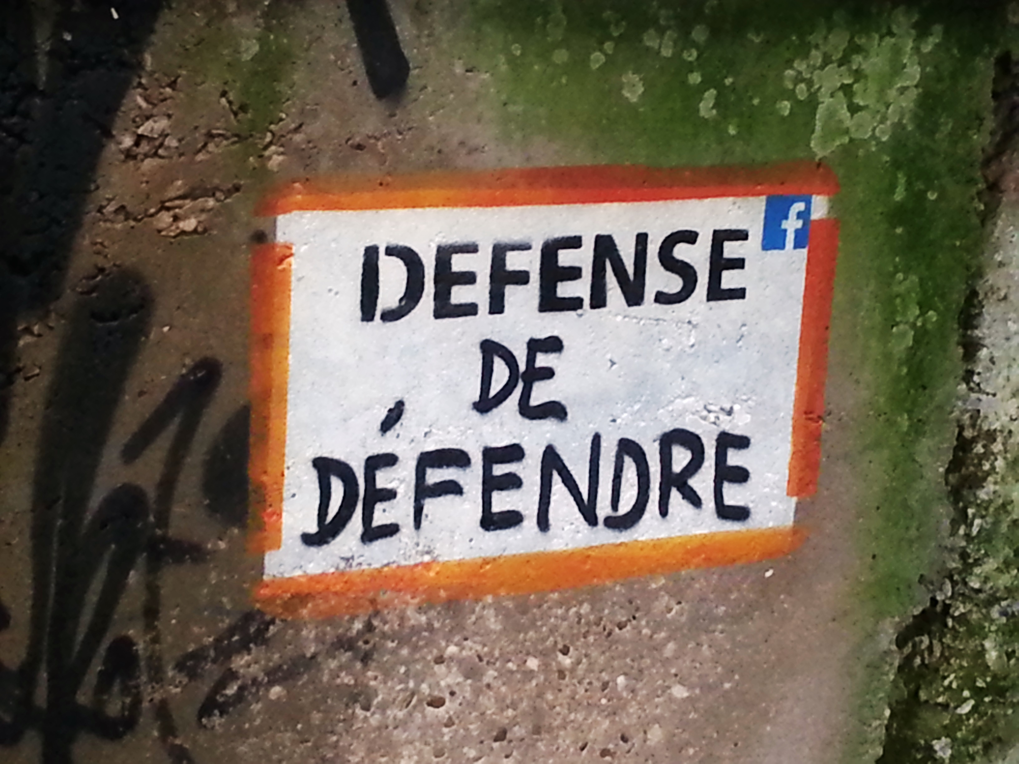 defense de defendre demeure du chaos