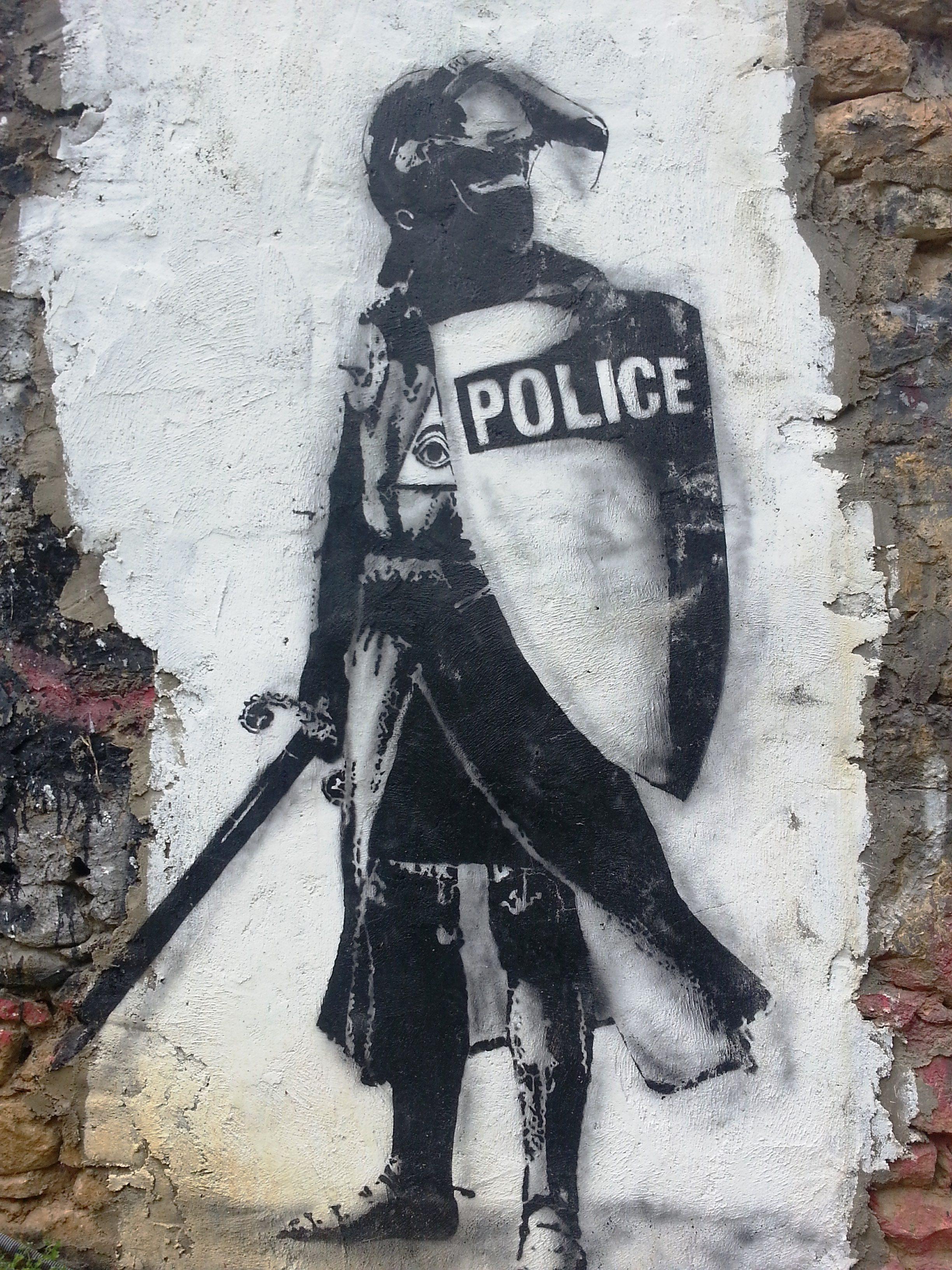 police demeure du chaos