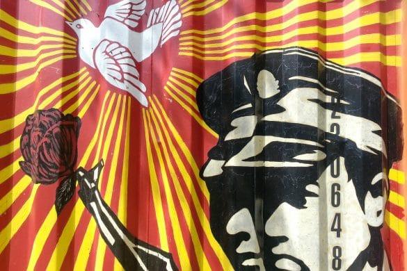 street art communiste demeure du chaos