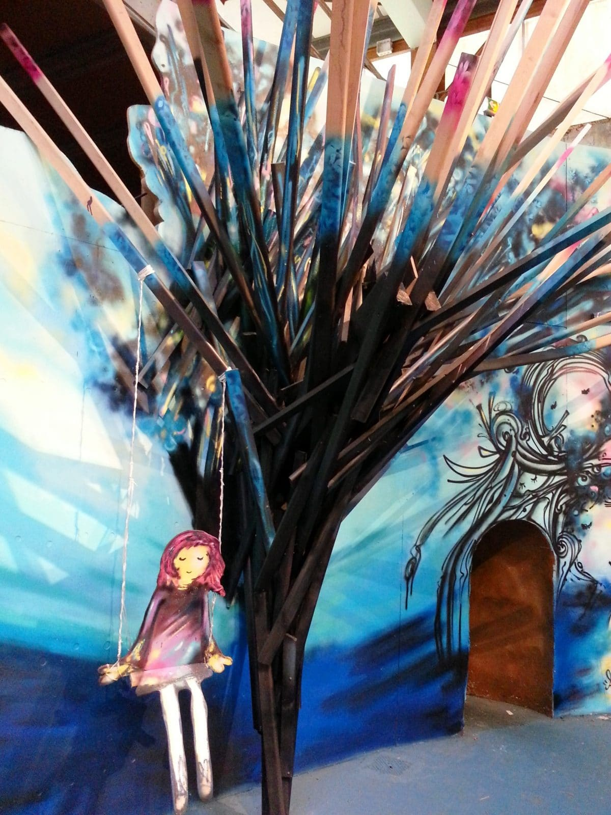 anis l'arbre enchanté street art la réserve malakoff