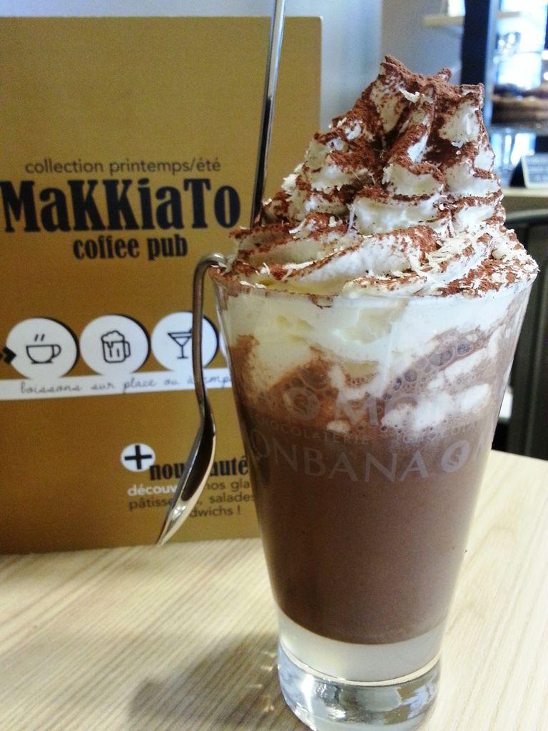 coco givree makkiato boissons chaudes, cocktails, smoothies, milkshakes, salades, sandwiches, croix rousse lyon