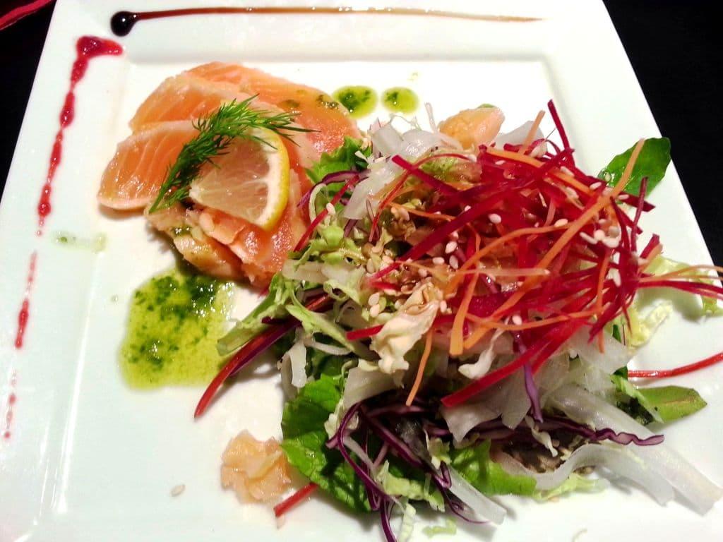 saumon gravlax et salade de legumes