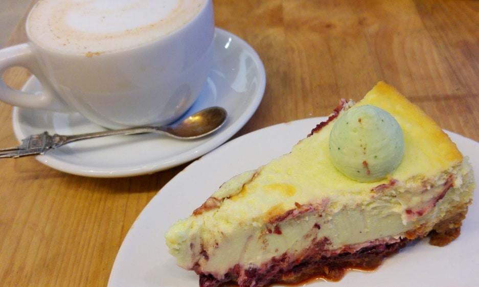 slika cheesecake pistache griottes konditori lyon