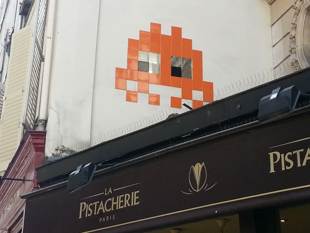 space-invader-paris-street-art