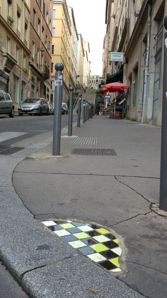 ememem-street-art-pentes-lyon