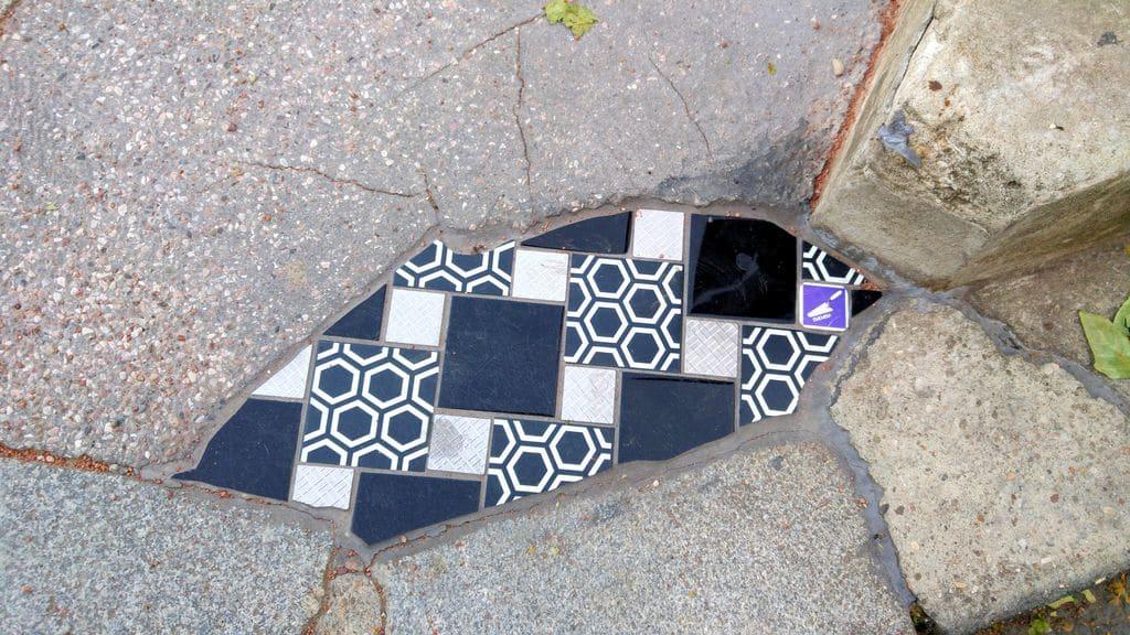 happycurio ememem street art bellecour lyon petit prince