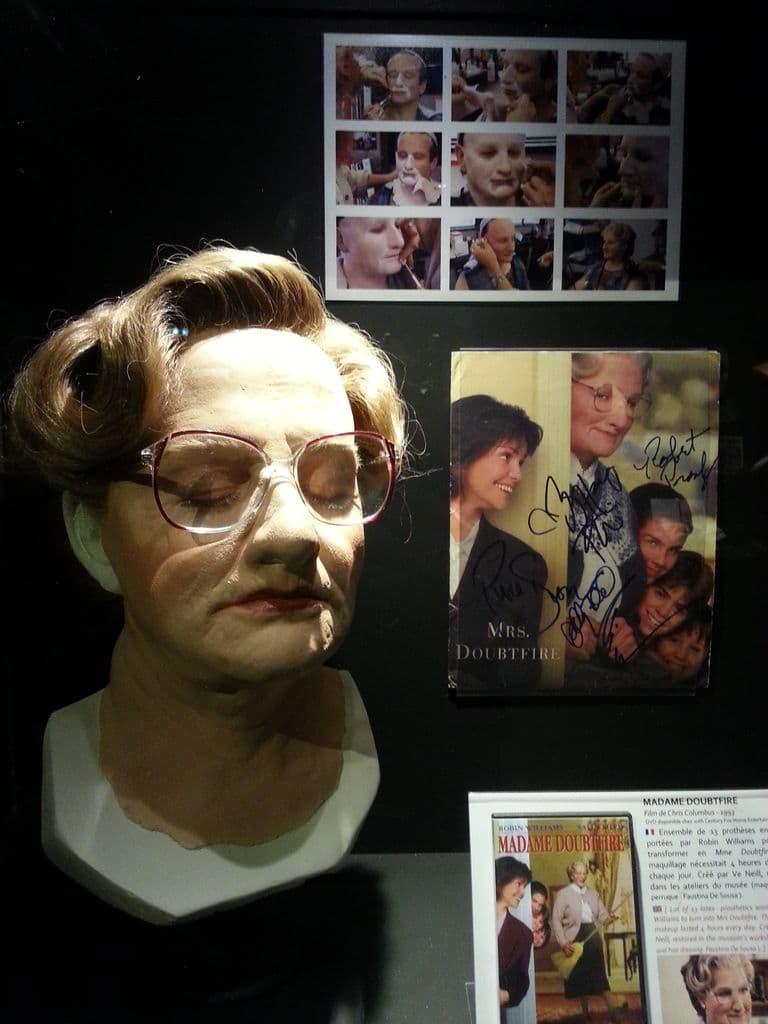 lyon-musee-du-cinema-et-de-la-miniature-mrs-doubtfire