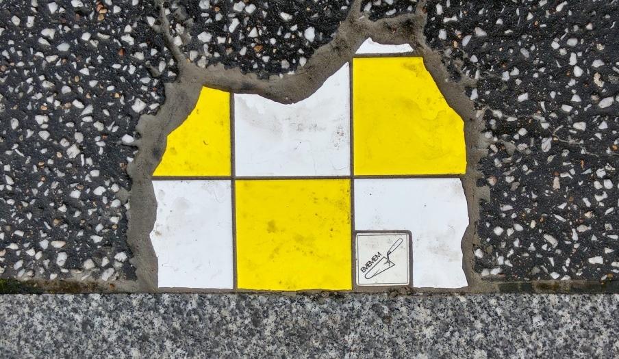 place jean mace ememem flacking street art