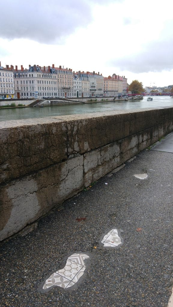 pont-bonparte-lyon-ememem-street-art