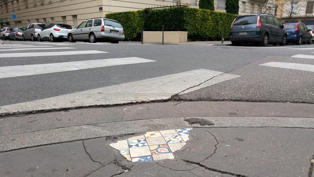 rue bonnefoi ememem street art lyon