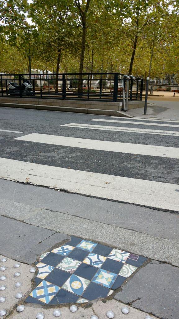 street-art-lyon-place-marechal-lyautey-ememem
