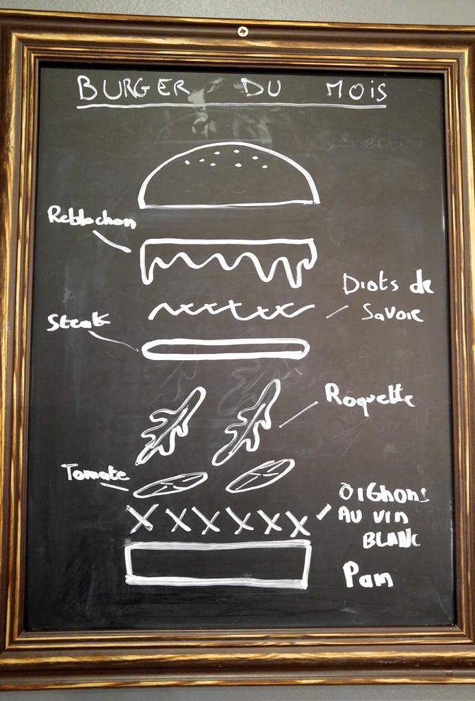 burger du mois street art burger lyon