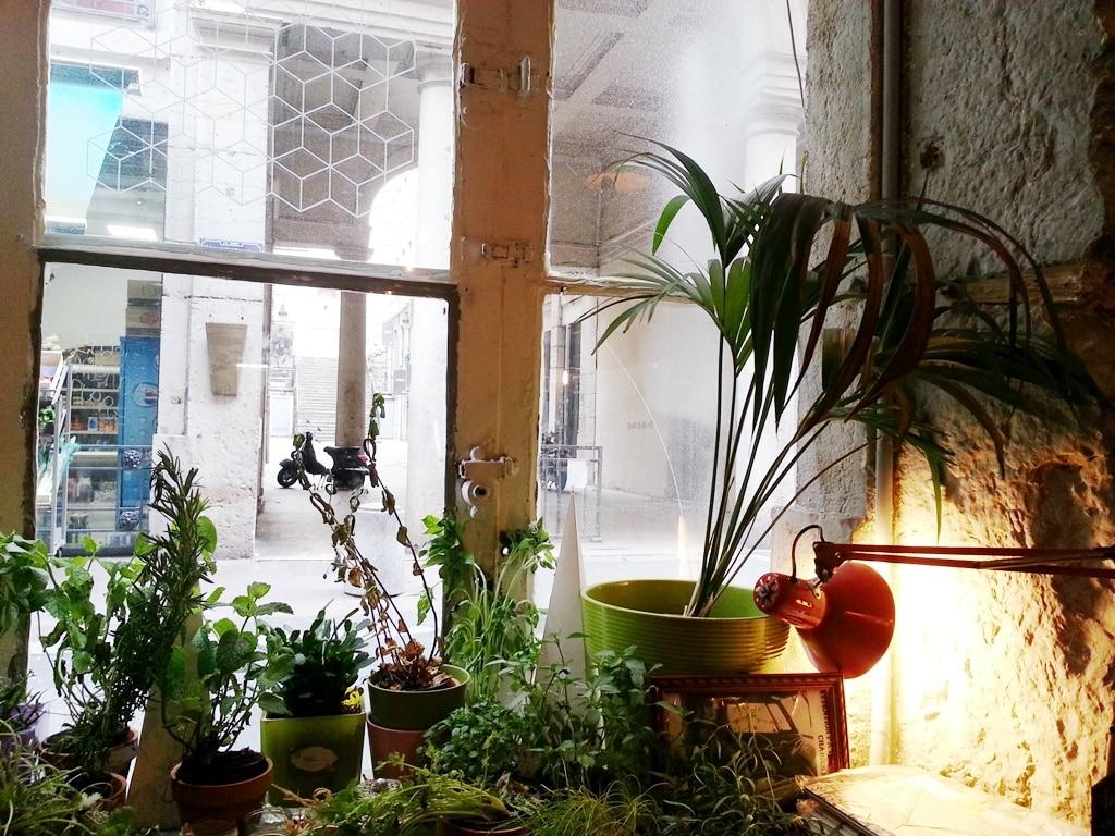 cafe cousu rue rene leynaud lyon
