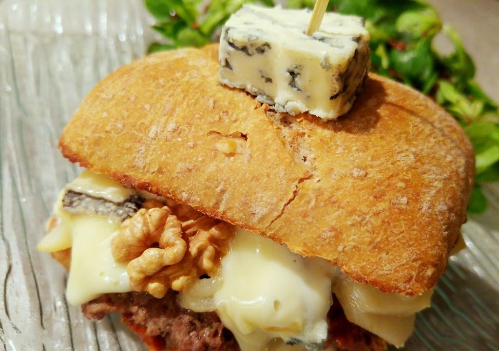 burger boeuf noix bleu poire