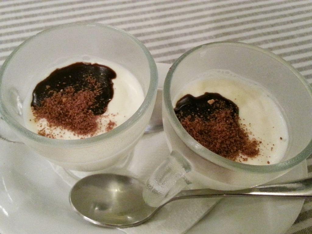 dessert offert grece