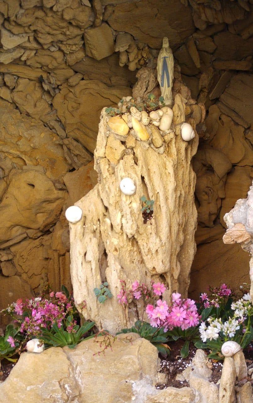 jardin rose mir vierge marie