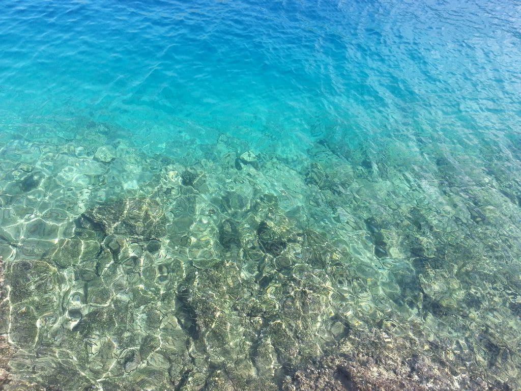 symi eau transparente