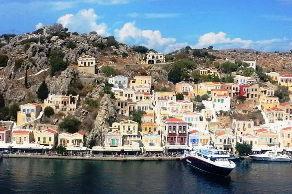 vue sur le port de symi