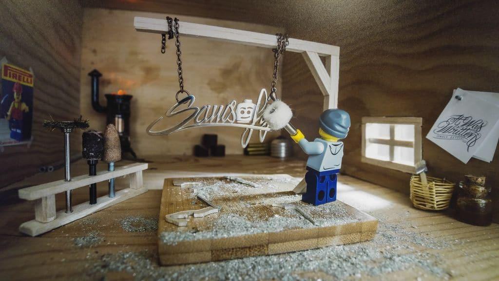 happycurio urban art samsofy lego sofitel