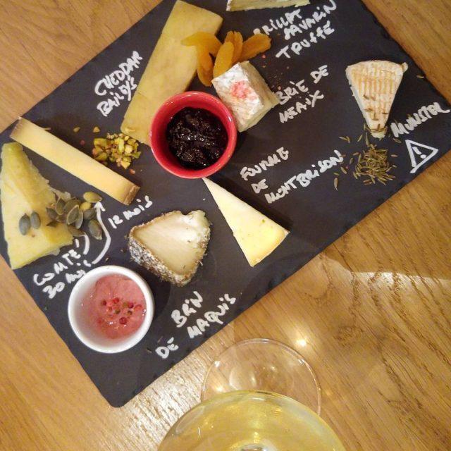 Voil une belle dgustation de fromages avec chocoladdict69 chez lesfromagivoreshellip