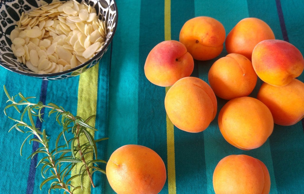 happycurio compote abricot miel romarin amandes