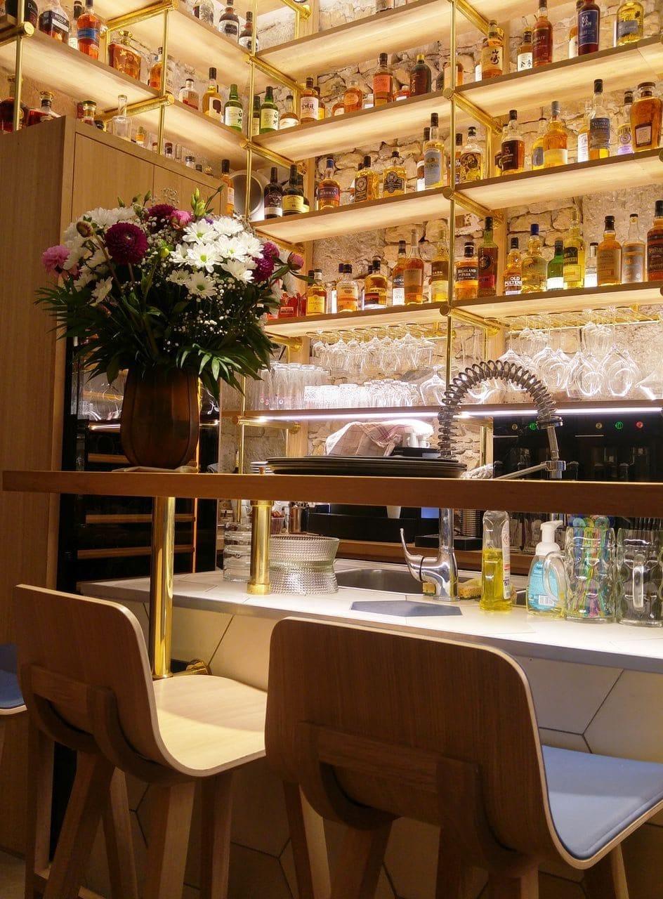 happycurio lyon resto bar victoire thomas cuisine de partage opera