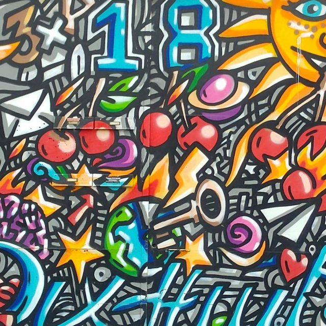 A la CroixRousse le street art saffiche aussi sur leshellip