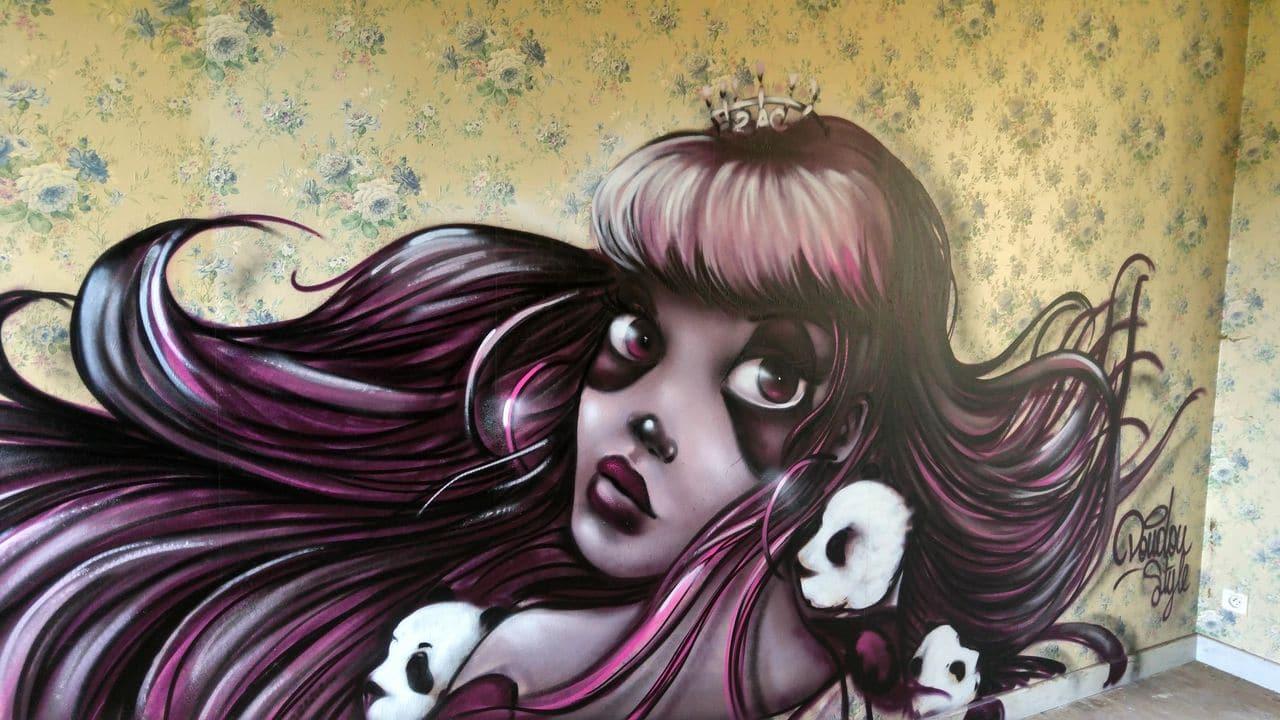 happycurio doudou style street art mausa