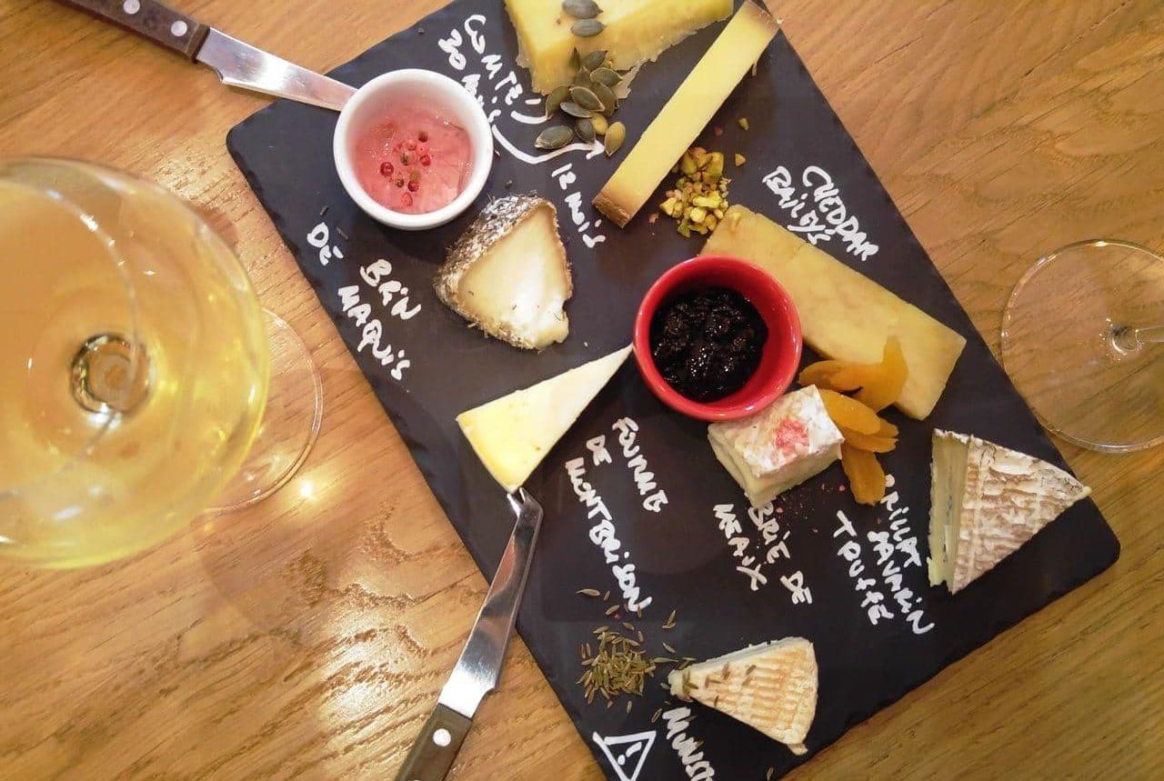 happycurio les fromagivores assiette degustation de fromages