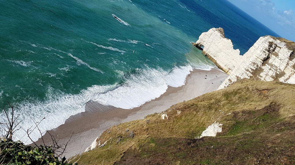 happycurio etretat falaises cote albatre