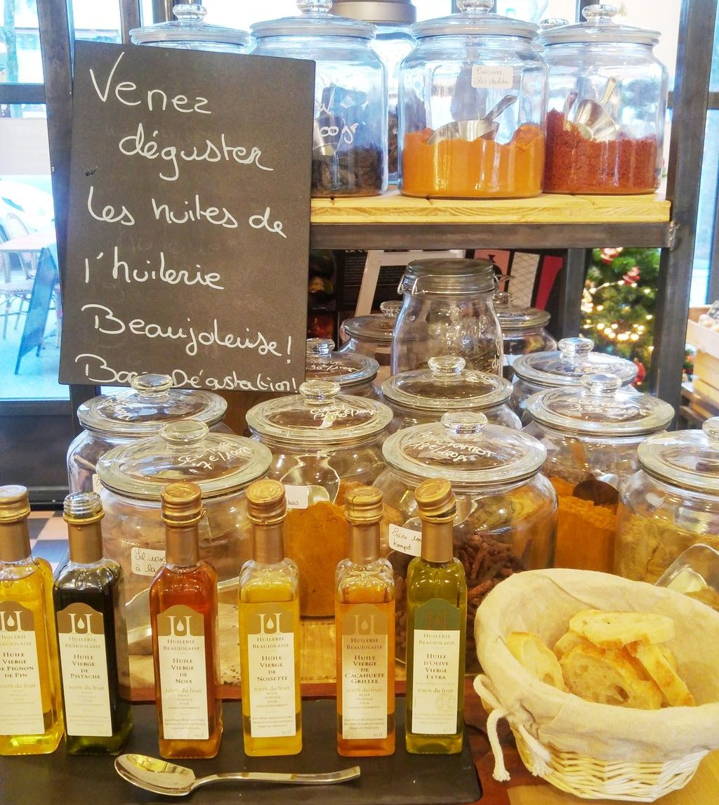 happycurio huilerie beaujolaise magasin daniel et denise