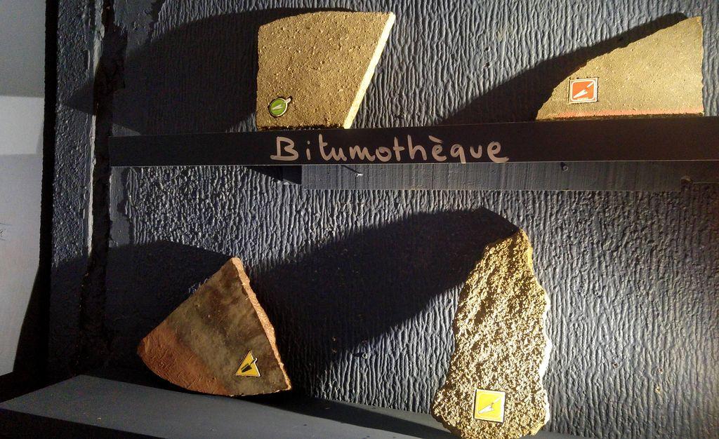 happy curio bitumothèque ememem