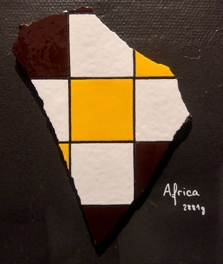 happycurio ememem taverne gutenberg afrique