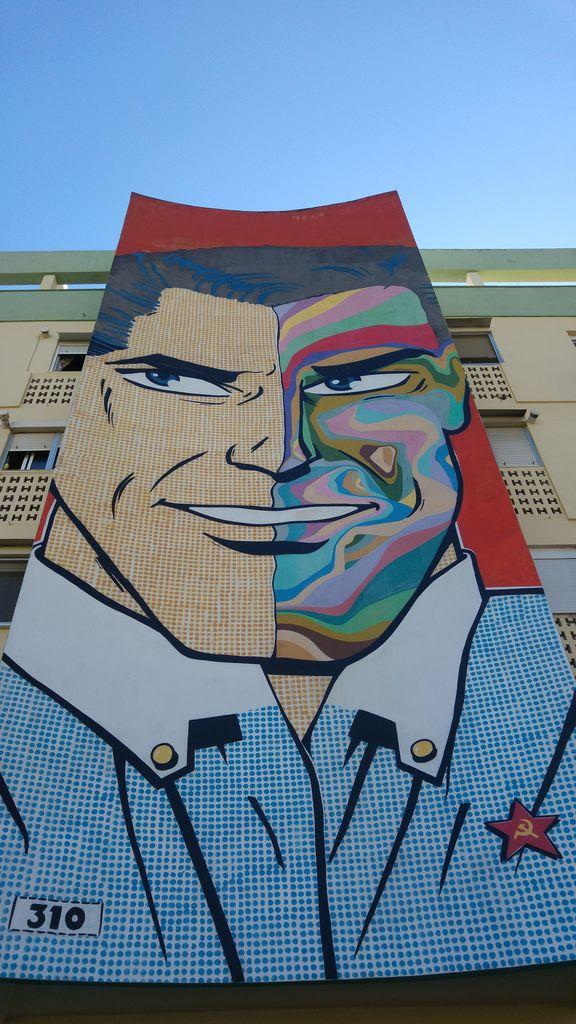 calle efeso seville street art