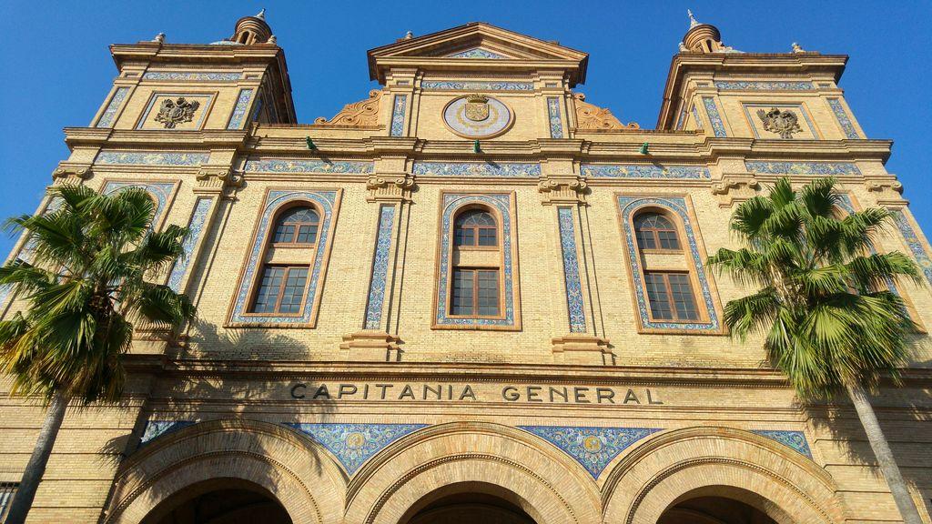 capitania general plaza de espana seville