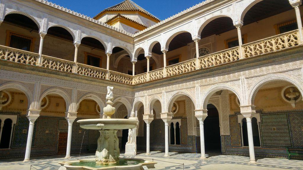 happycurio escapade seville palais casa de pilatos