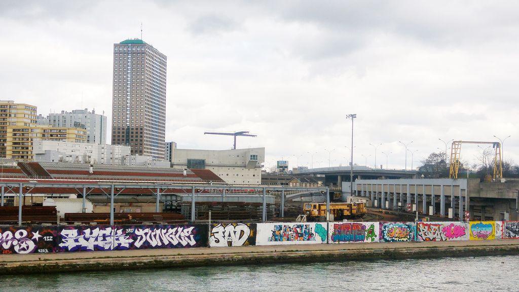 happycurio millenaire la villette parcours street art