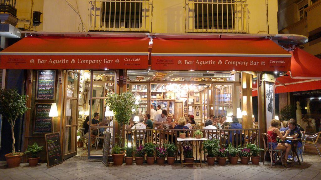 happycurio vacances seville tapas agustin bar