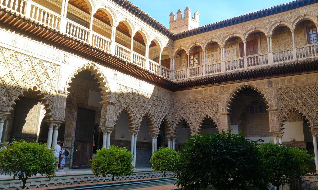 palais royal real alcazar centre historique seville