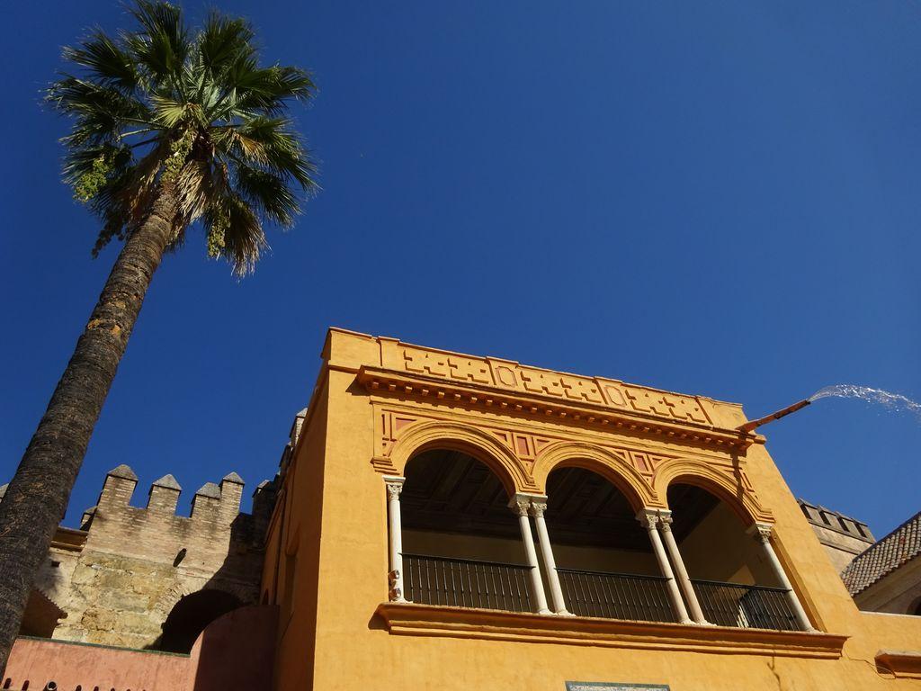 que visiter a seville palais royal real alcazar