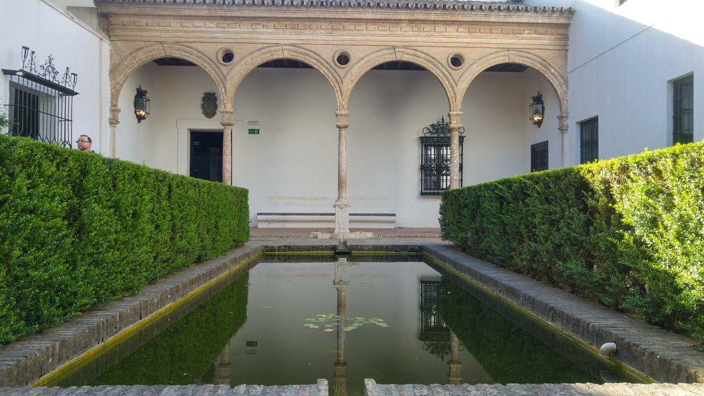 real alcazar seville jardin interieur