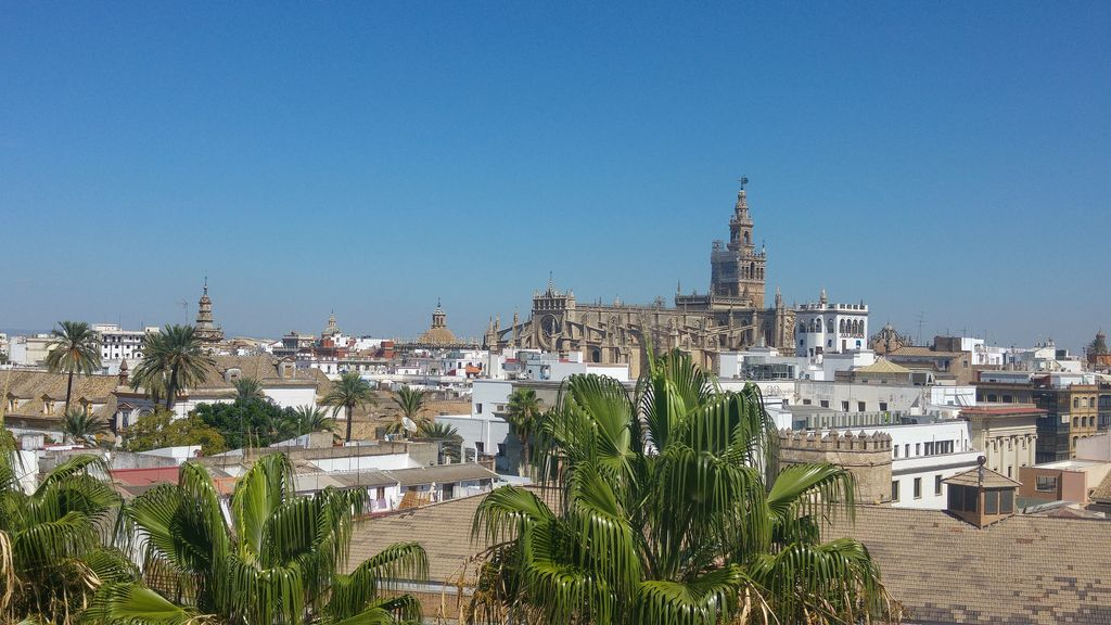 vue ville seville depuis torre de oro