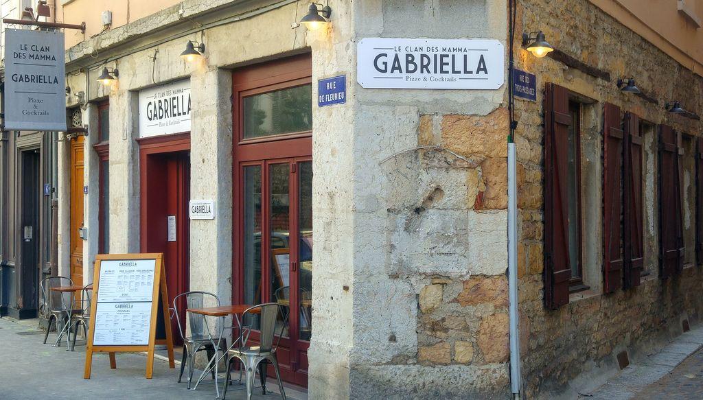 happycurio gabriella café thomas lyon