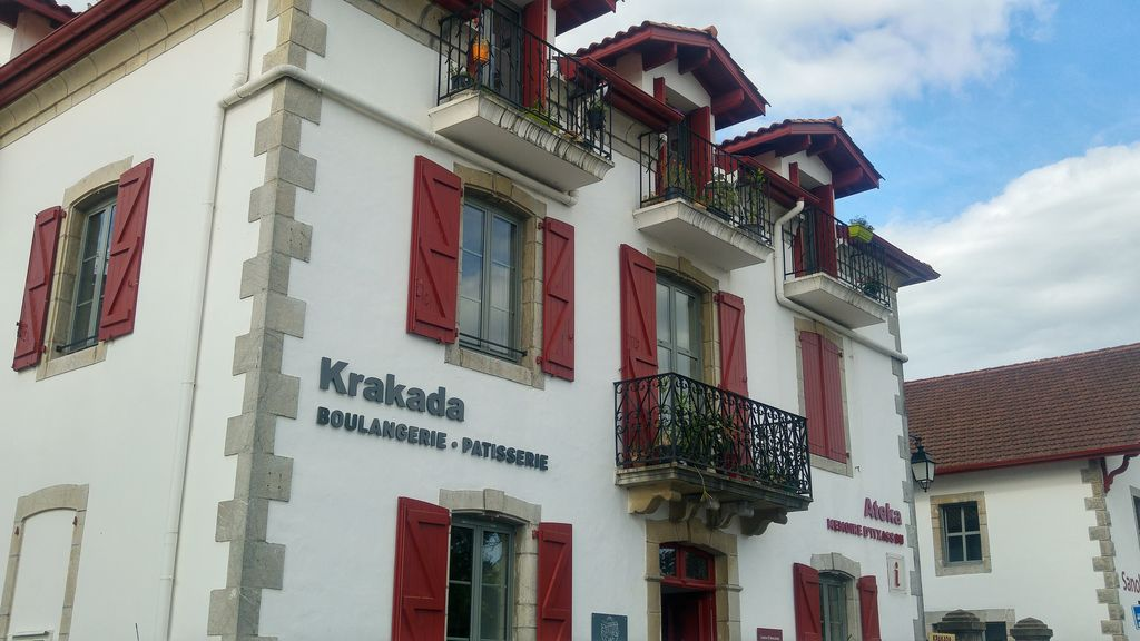 happycurio krakada boulangerie itxassou pays basque