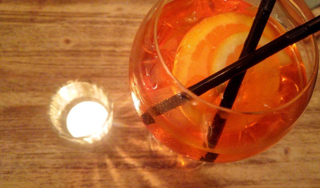 happycurio spritz aperol gabriella resto italie lyon