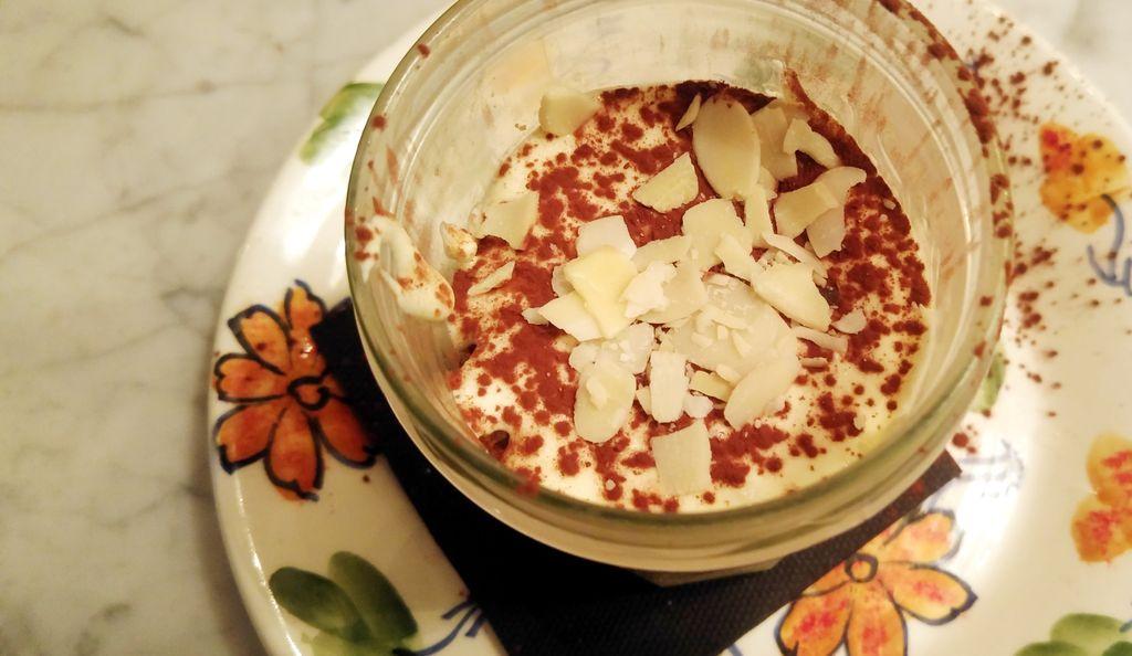 happycurio tiramisu classico gabriella restaurant lyon