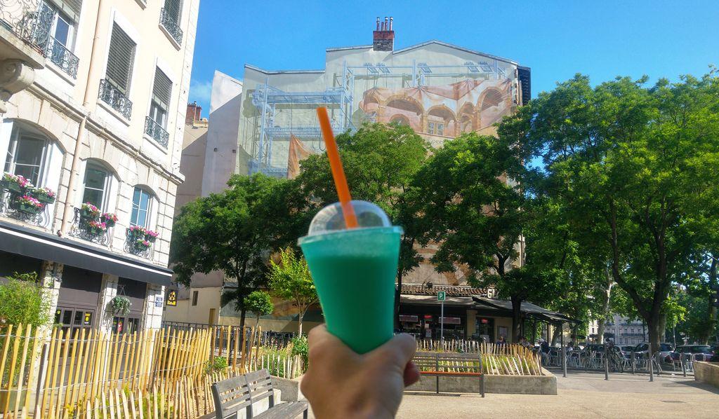 happycurio bon glacier lyon nardone milkshake