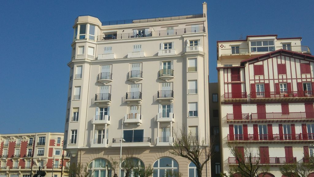 happycurio biarritz grande page